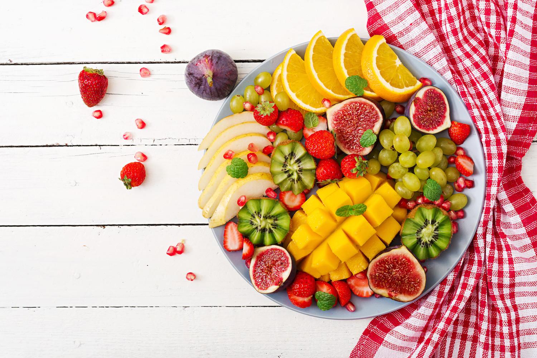Pomysły na sałatki owocowe i desery