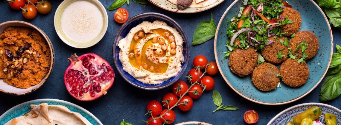 Kuchnia arabska: charakterystyka i przepisy