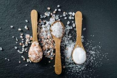 Rodzaje soli: himalajska, morska czy kuchenna?