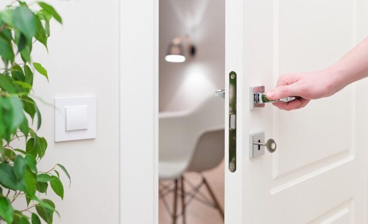 Drzwi pokojowe – jak dopasować do wnętrza?