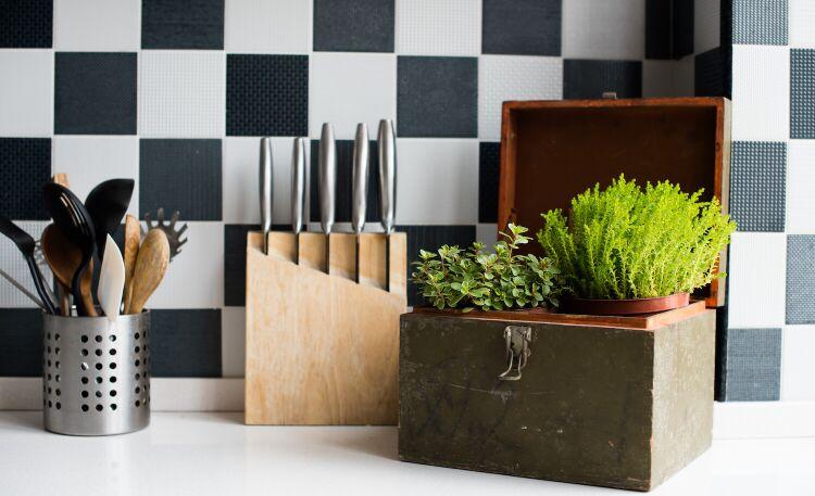Tapeta w kuchni – czy to dobry pomysł?