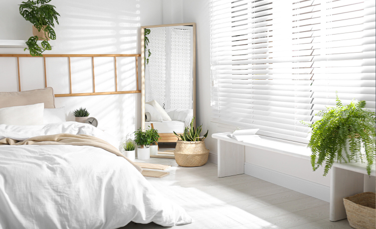 Wybieramy rolety okienne: plisowane, rzymskie, bambusowe