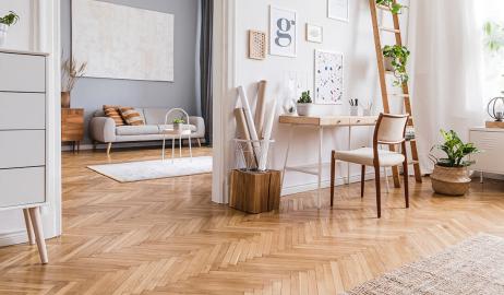 Renowacja i cyklinowanie podłogi drewnianej