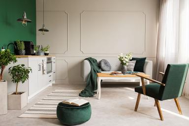Modne siedziska i pufy — jak je dobrać do domu i na balkon?