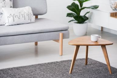 Stolik kawowy – jak go dopasować do stylu wnętrza?