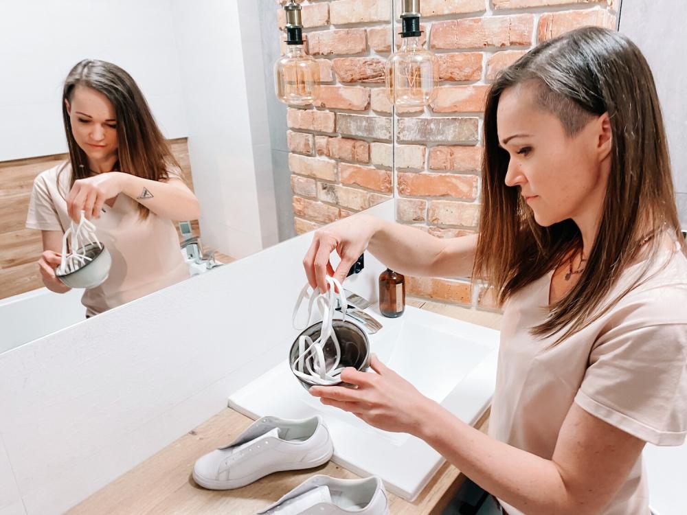 przygotowanie butów do suszenia
