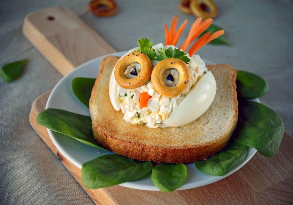 sowa z pasty jajecznej