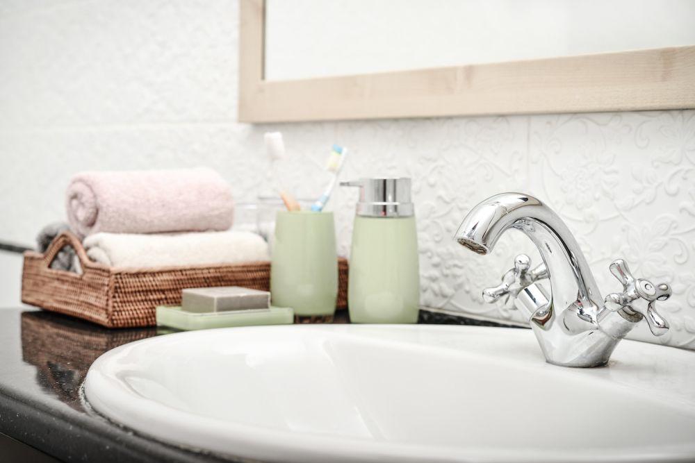 zielone dodatki do łazienki