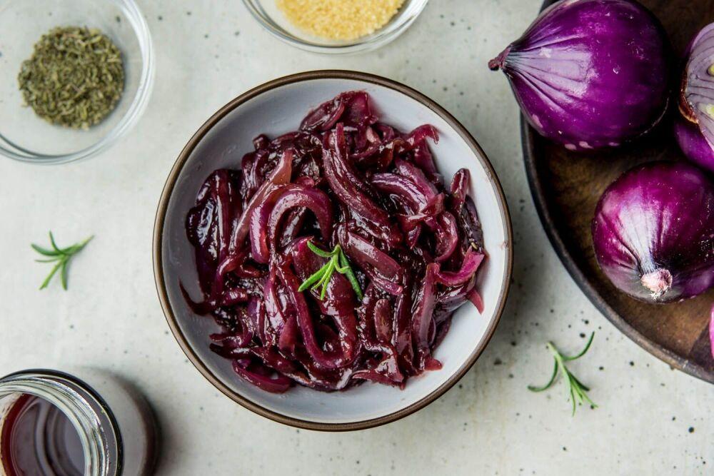 konfitura z cebuli czerwonej, chutney, konfitura cebulowa do mięs