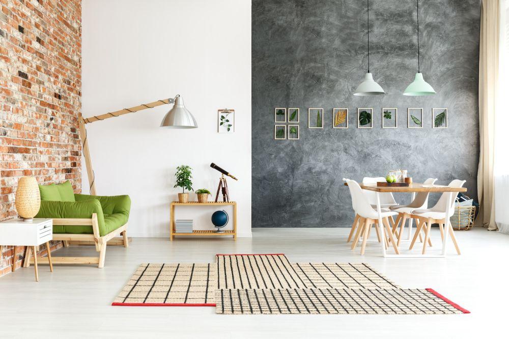 różne kolory ścian w mieszkaniu industrialnym