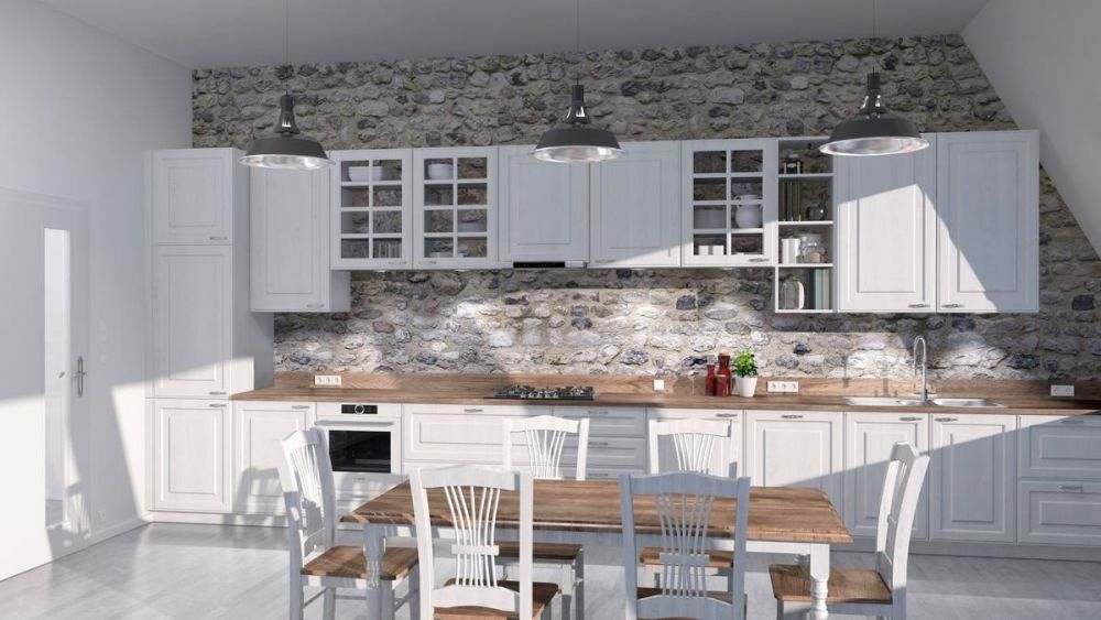 duża kuchnia ze stołem i drewnianymi blatami