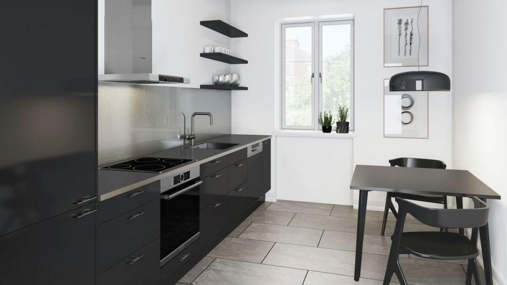 czarna mała kuchnia z oknem i stołem z dwoma krzesłami