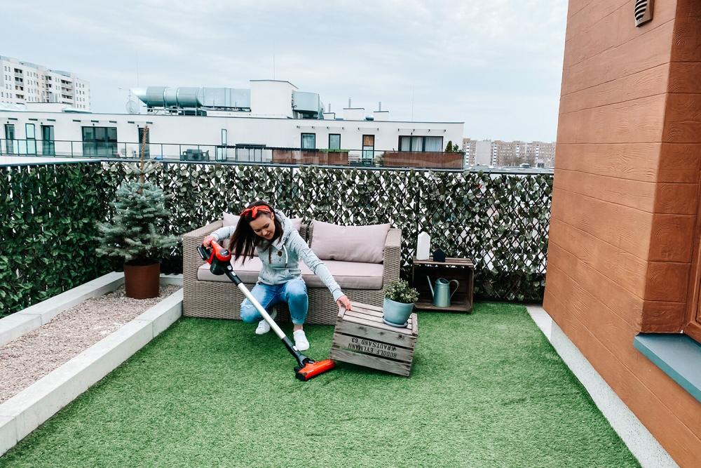 odkurzanie na balkonie, architekt porządku