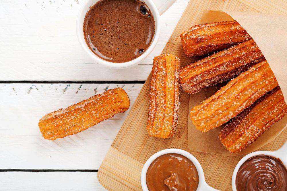 churros, churrosy, słodycze, czekolada, hiszpański deser