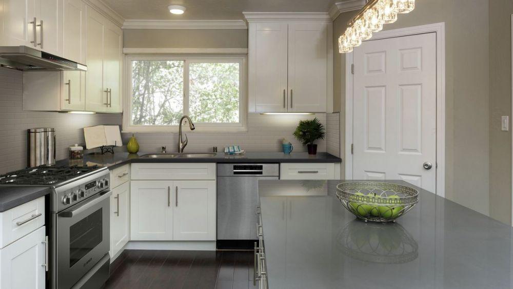 kuchnia,kuchnia z oknem, zlew pod oknem, owoce