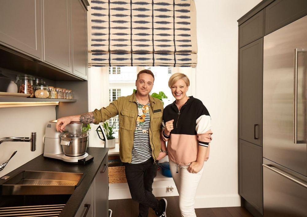 Mateusz Gessler i Dorota Szelągowska w kuchni