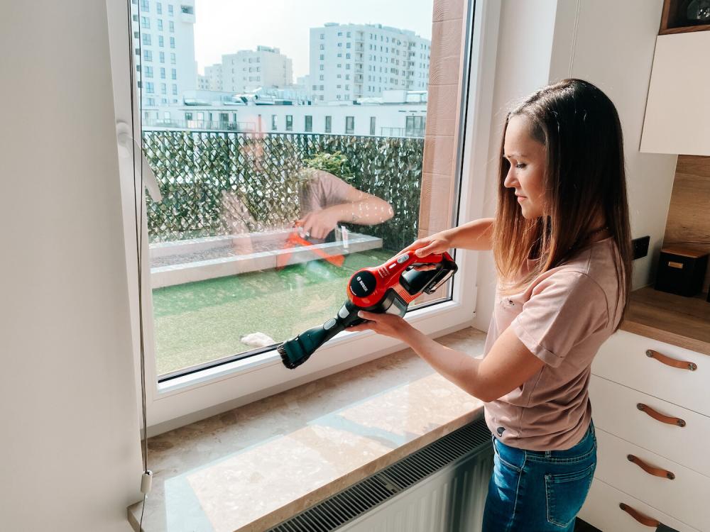 mycie okien odkurzaczem bosch architekt porządku