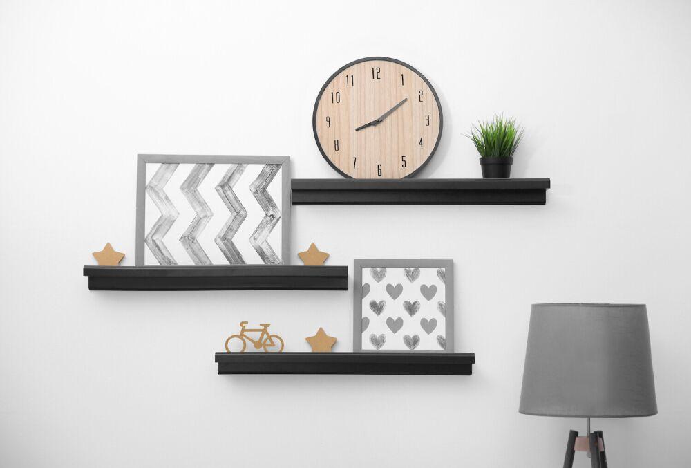 nowoczesna pólka, minimalistyczne czarne półki ścienne