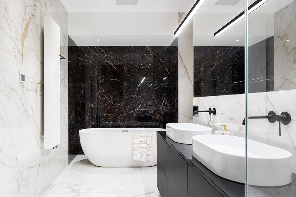 płytki imitujące kamień w łazience