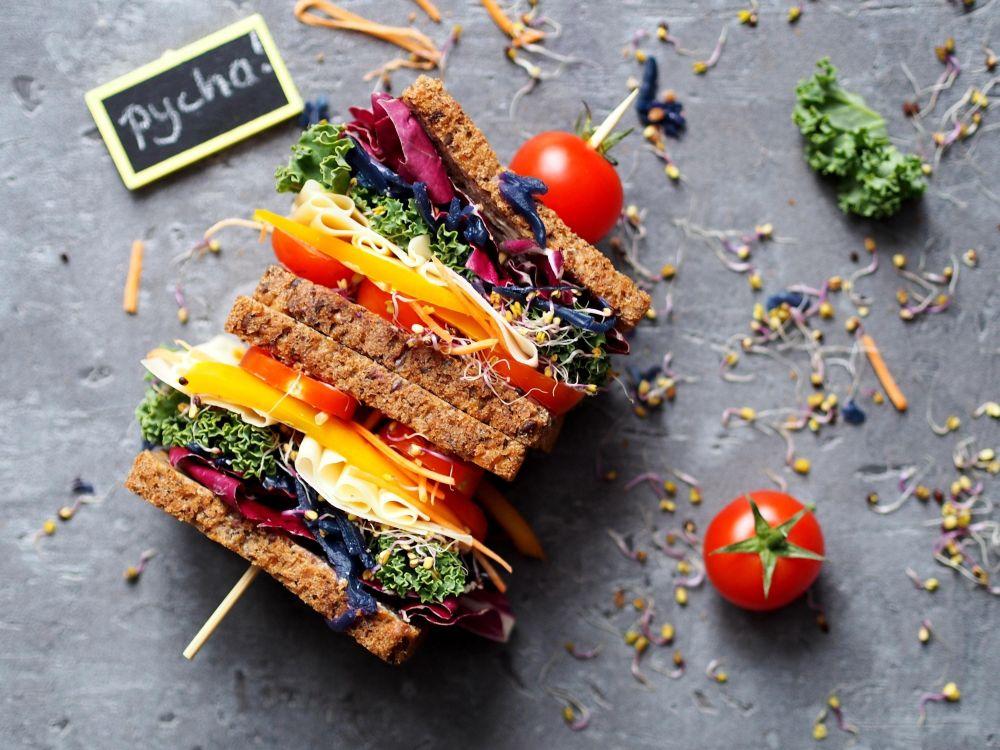warzywne kanapki z kapustą