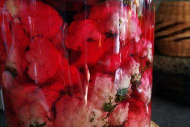 Kalafior kiszony w różu