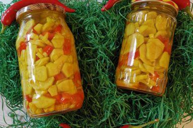 Pyszna sałatka z ogórków i papryki
