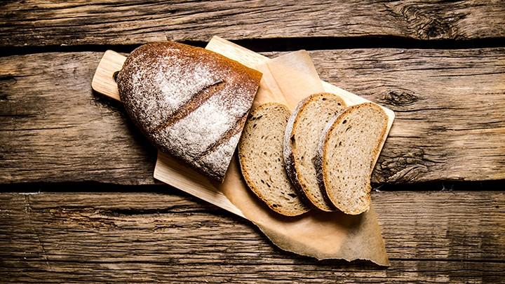 czerstwego chleba moczonego w piwie