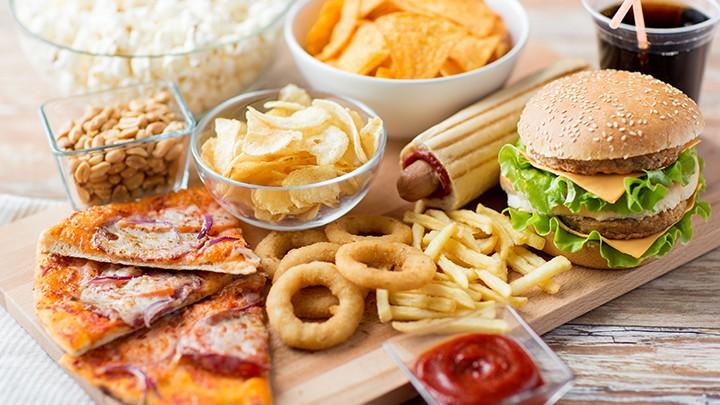 W Anglii popularnym fast foodowym przysmakiem jest: