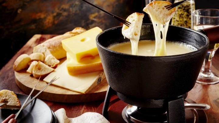 Z jakiego kraju pochodzi fondue?