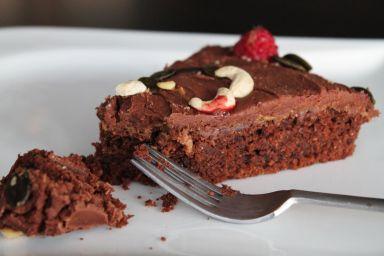 Ciasto z czerwonym winem