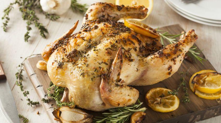 Kurczaki pieczone ze słodką papryką i rozmarynem