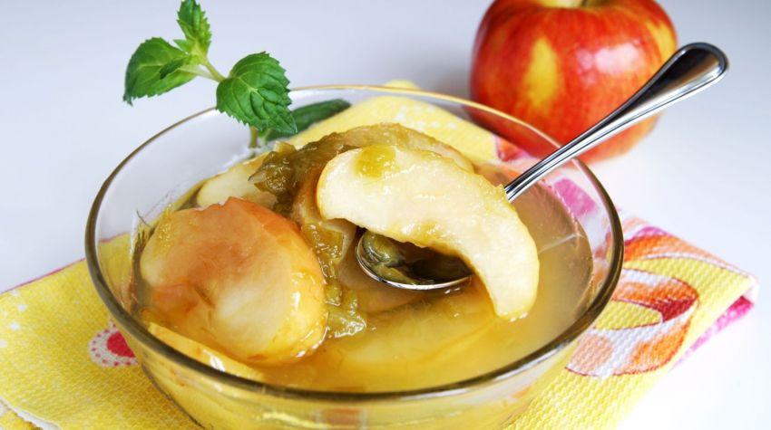 Prażony rabarbar z jabłkami