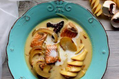 Orientalna zupa z łososiem i żeń-szeniem