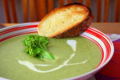 Groszkowo-brokułowa zupa krem