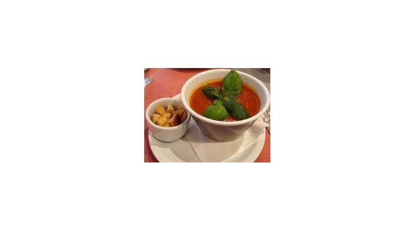 Krem z pomidorów i młodej marchewki