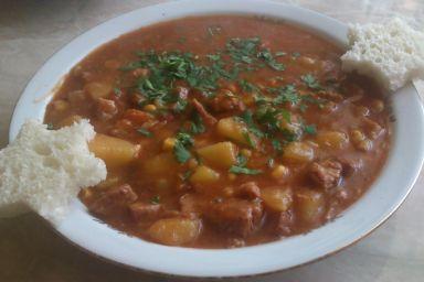 Wyborna zupa gulaszowa