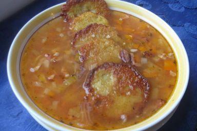 Zupa jarzynowa z kaszą perłową