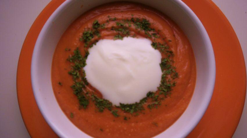 Krem z pomidorów z serem pleśniowyym