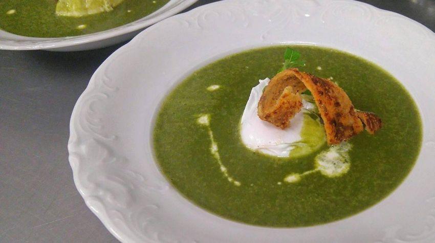 Zupa krem ze świeżego szpinaku