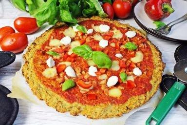 Dietetyczna pizza z kalafiora