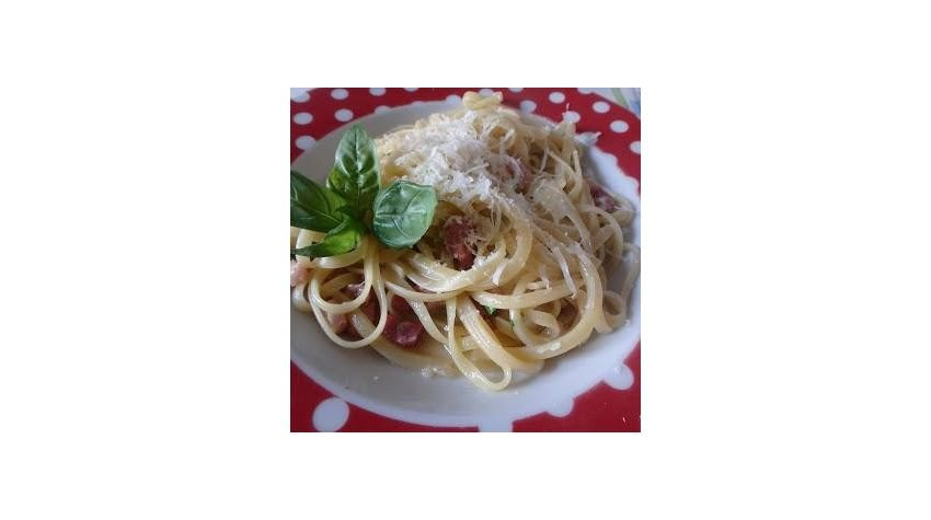 Bavette con pancetta e bontazola ( makaron bavette z boczkiem i serem bontazola)