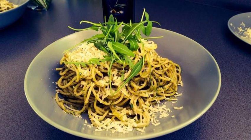 Spaghetti z pesto ze szczawiem