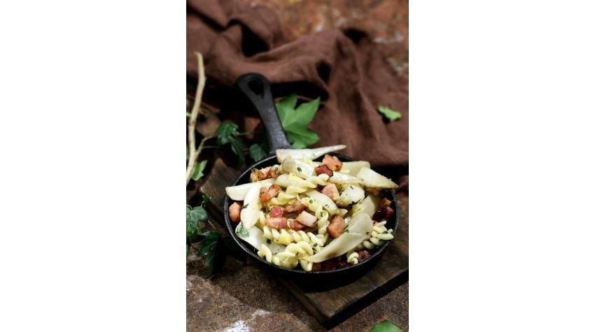 Jesienny makaron z topinamburem
