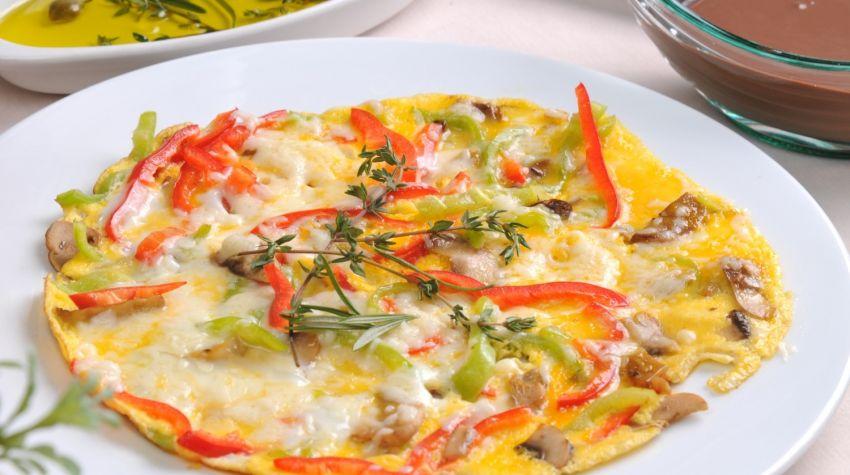 Omlet z serkiem wiejskim