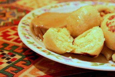 Kopytkowe knedle z kaszą jaglaną i serem (palantówki)