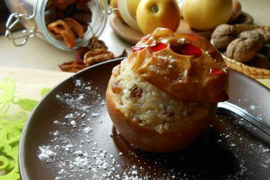 Nadziane, pieczone jabłka