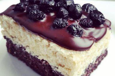Bezglutenowe ciasto kokosowo-daktylowe
