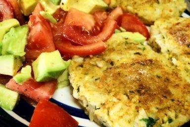 Falafel z salsą z awokado