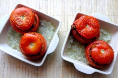 Faszerowane pomidory z fenkułem