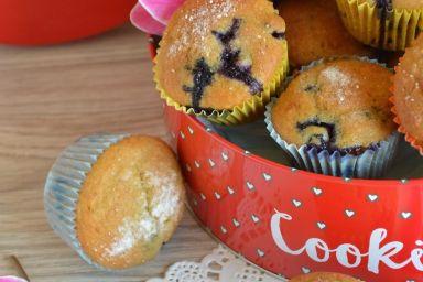 Muffinki orkiszowe z borówkami